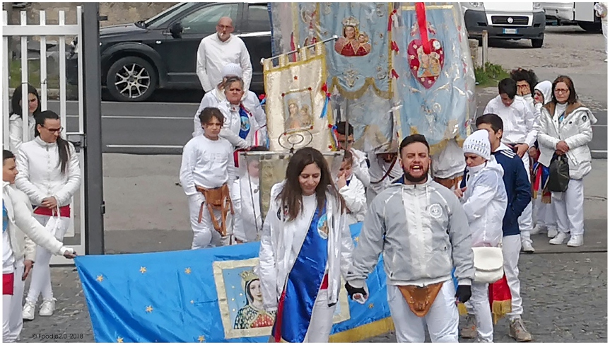 """Tradizione & Folklore: """"eFujenti"""""""